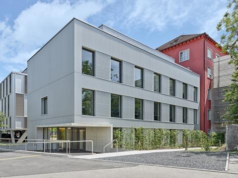 Spital Zollikerberg eröffnet neuen Anbau für ambulante Sprechstunden