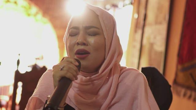 Frauenstimmen trotzen dem Terror der Taliban