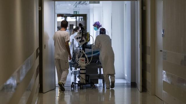 Versicherer bremsen bei Rückführungen von Covid-Patienten
