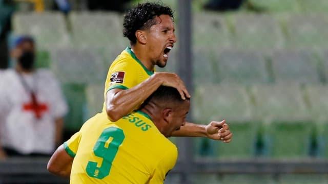Brasilien dreht Partie und behält weisse Weste