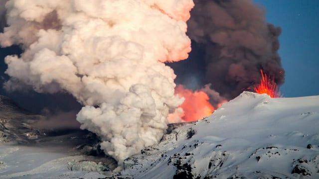 Uralte Überreste von gigantischen Vulkanausbrüchen