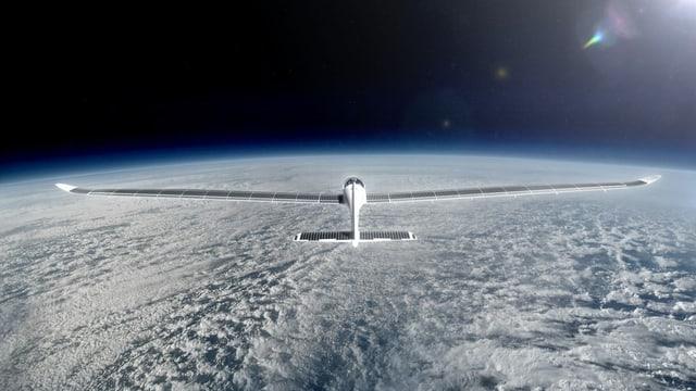 Mit dem Solarflugzeug zur Stratosphäre